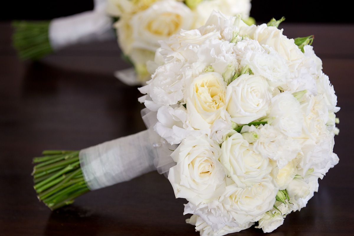 White flowers for wedding 23 cool wallpaper hdflowerwallpaper white flowers for wedding free wallpaper mightylinksfo